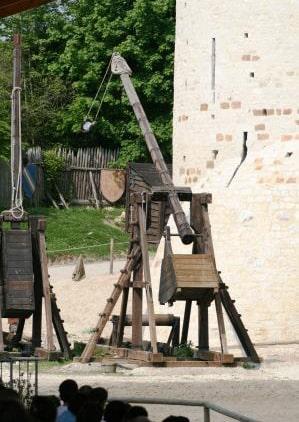 Photo de la machine de guerre : Le Trébuchet